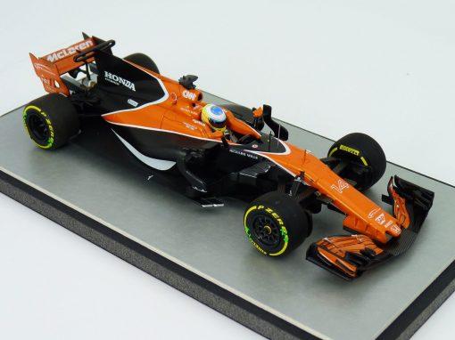 McLaren MCL-32